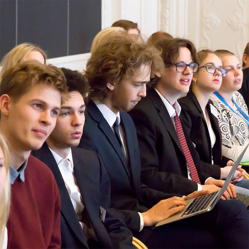 Ung og Demokrati